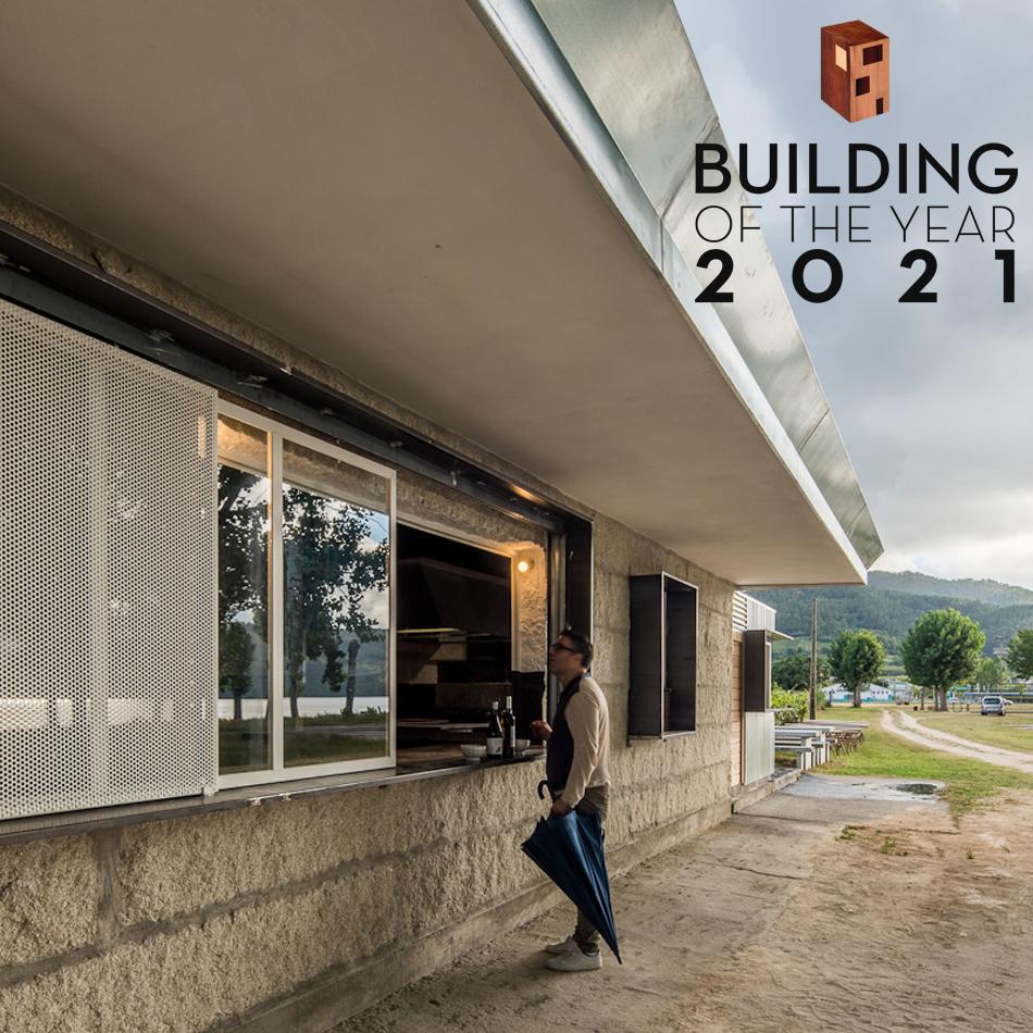 Casa da Anguía de MOL Arquitectura nominada para los premios Archdaily